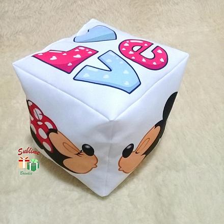 Almofada cubo love