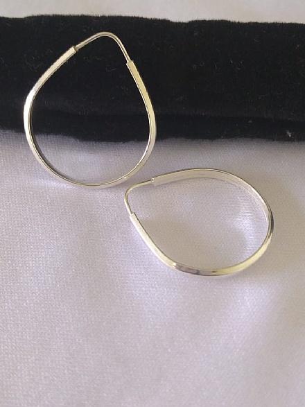 Brinco feminino argola em prata