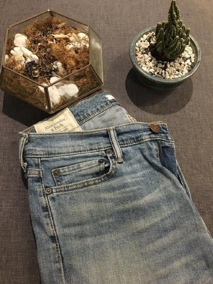 Calça jeans Albercrombie - TAM 40