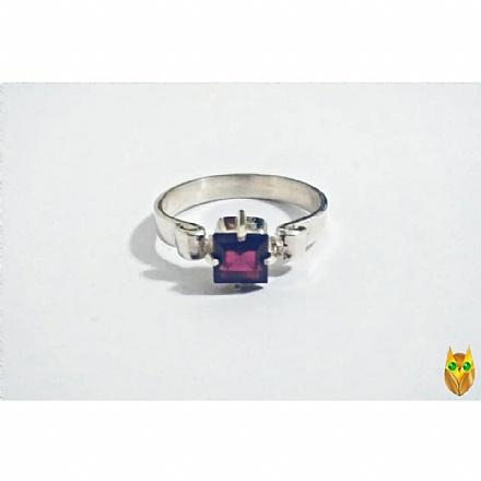 Conjunto anel solitário e brincos de prata