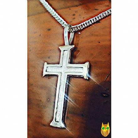 Pingente de crucifixo em prata